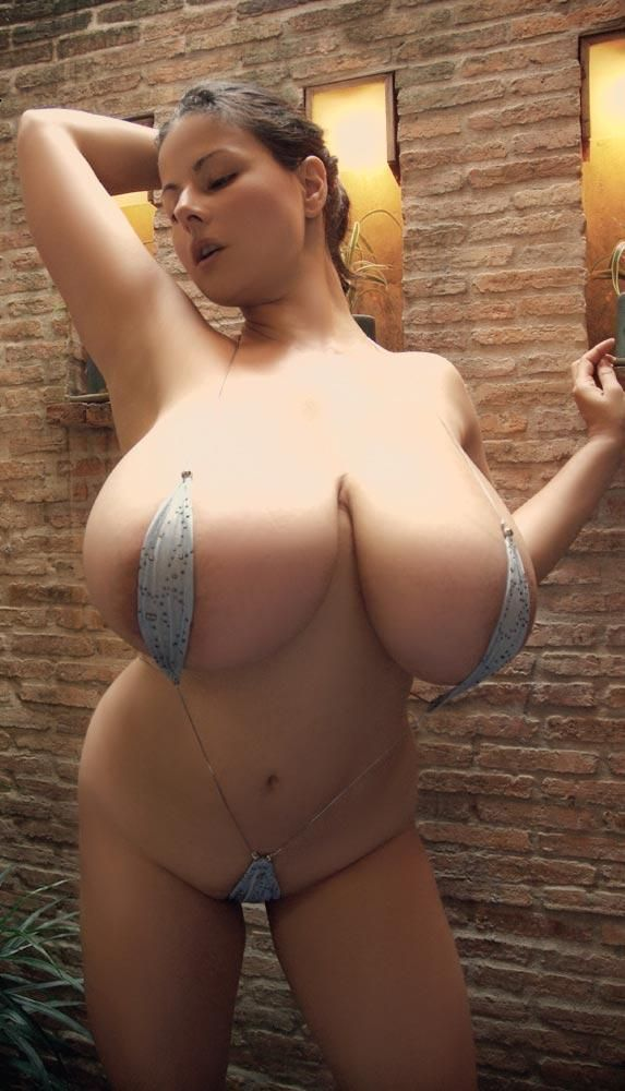 Женщины в бикини с большими сосками фото 89004 фотография